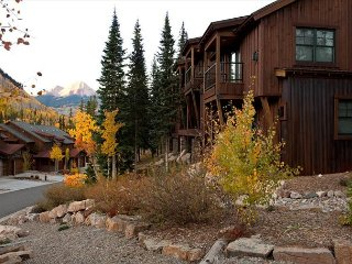 Mountain Townhome - Great Views - Free Shuttle