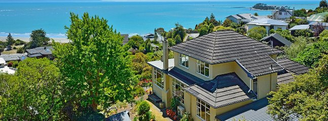 Casa Kia Ora Holiday Home - Nelson Tahunanui Beach & Sea Views!, Moana