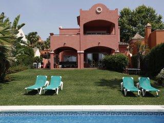 Villa Alzahambra 9 Puerto Banus-Marbella.WIFI.Pool