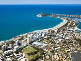 Your own non smoking rm only 500mtr from beaches, Mooloolaba