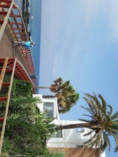 vista senda litoral frente al apartamento