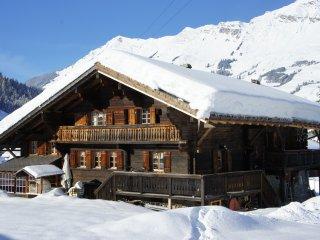 Chalet dans les Alpes Suisses idéalement situé