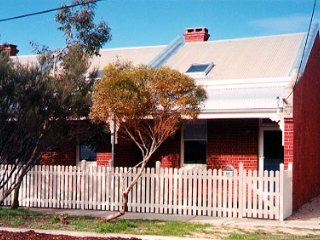 South Beach Cottage 458 South Terrace, South Freo, South Fremantle