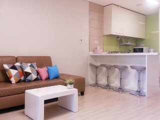 HAEUNDAE BEXCO, 2BEDROOMS HOTEL STYLE RESIDENCE, MODERN INTERIOR DESIGN~!, Busan