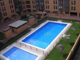 Piso con piscina zona aeropuerto, Madrid