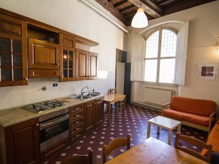 Old style Apt with frescoed ceiling, Florencia