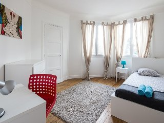 Spacious 3-BR Apt in South Paris, Montrouge