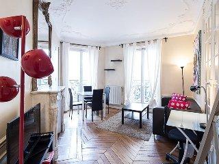 Charming, Classic 2-BR Apt, París