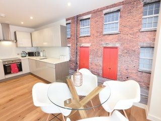 1E 'Love where you live'. 2 bed Northern Quarter, Manchester