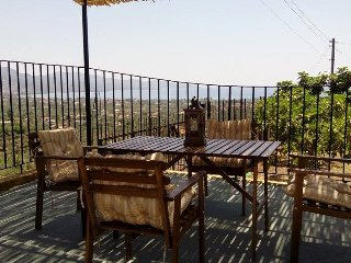 Holiday house - panoramic view - 2km from the sea, Kalamata