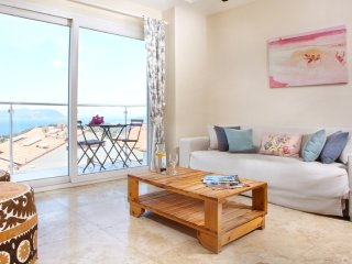 Master Suites with 1 bdr and 1 living room in Kas