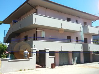 house near the sea and the center, Alba Adriatica