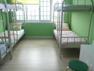 Blue Pony Guesthouse- Men's Dormitory 2, Seogwipo