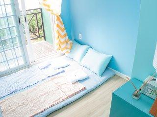 Blue Pony Guesthouse- Couple Room, Seogwipo