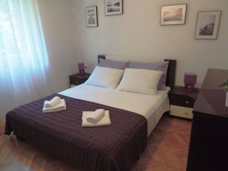 Apartment near beach, Kastel Stari