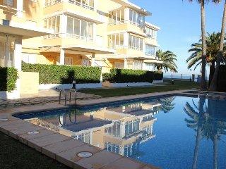 Denia First Line Beach Apartment