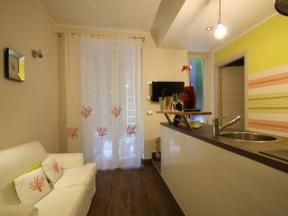 Lily's House: new apt terrace wifi close to center, Gênova