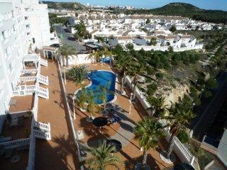 Appartement met uitzicht en gemeensch. zwembad