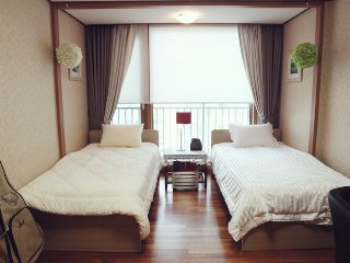 Lotte Jamsil Guest House - 1, Seongnam