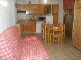 appartement  6 pers  dans chalet familiale  2**