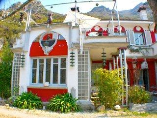Apartamento NEUTRON / ZENTRALCLUB-JACUZZI ( 2 PERSONAS), Belmonte de Miranda