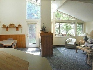 Beautiful Large Townhouse In The Heart of Waterville Valley.