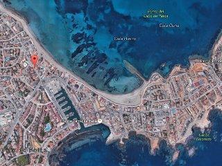 Amplio chalet pareado a 50 m de la Playa de Levante