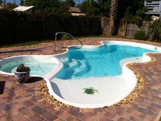 3br - 1200ft2 - Modern Pool Home New Smyrna Beach