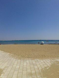 spiaggia a 80 metri dall'appartamento
