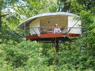 Privat Tree-Glamping and wildlife observatory, Crupet