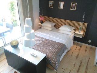 Monaco Pool Seaview Apartment Free WIFI