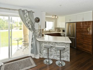2 Bdrm 2 Bath Beautiful Executive NW Calgary Condo