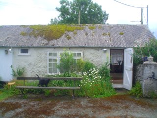 Tre'rDdol Bach, holiday cottage with a difference