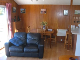 Watersedge Cottages, Riverside, Brundall, Norfolk Broads