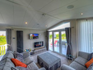 Beach Retreat 5 - Carnaby Envoy - MP649, Carrossage