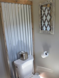 'tin Can Alley' Upstairs Bathroom