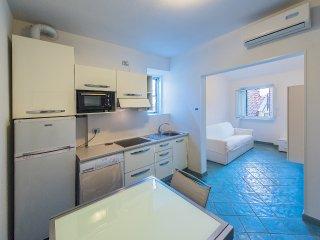 Casa Dell' Orologio - 4 posti nel centro - A24, Loano