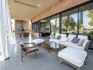 Modern and magnificent property in Marrakech, Marraquexe