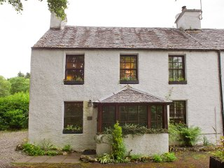 Cottage over looking the famous Falls of Dochart