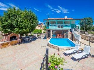 Ferienhaus Martina mit Pool