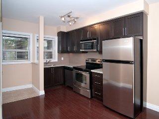 655 Coxwell Main Floor 1 bedroom, Toronto