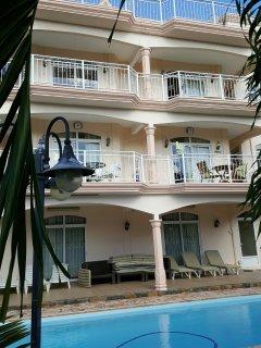 Risha Villa côté jardin e piscine