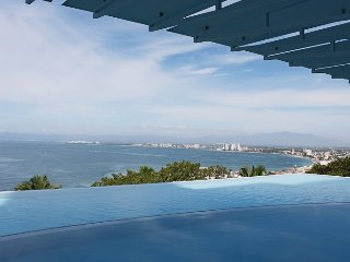 Avalon 2 Bedroom Great View, Puerto Vallarta