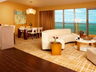 Moderno Apartamento en Waldorf Astoria Panamá, Panama