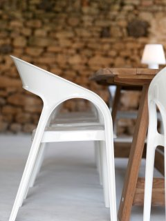 Pedreli chairs in the summer kitchen
