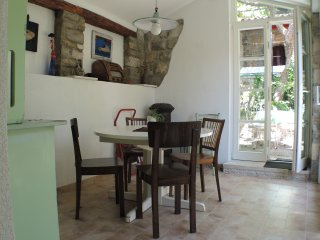 JG4 Comfortable Apart with garden (Green Oasis), Piran