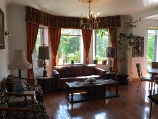 Charming Residence & Lovely Park! (3 Bdrms), Montreal