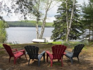 3 Bedroom Lakefront Cottage, Beautiful Views