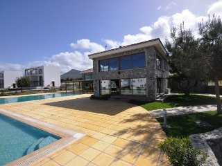 Luxurious Appartment - fabulous location  + pool