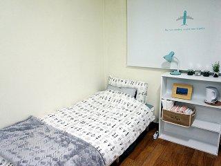 ★Dear Seoul★Perfect location in Hongdae, Goyang